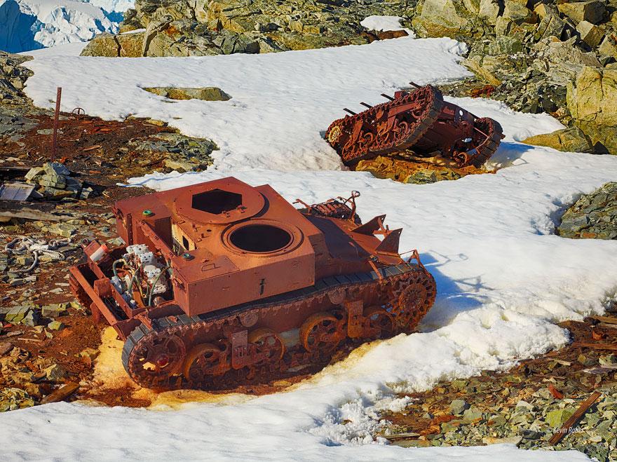 Tanques de guerra antartica