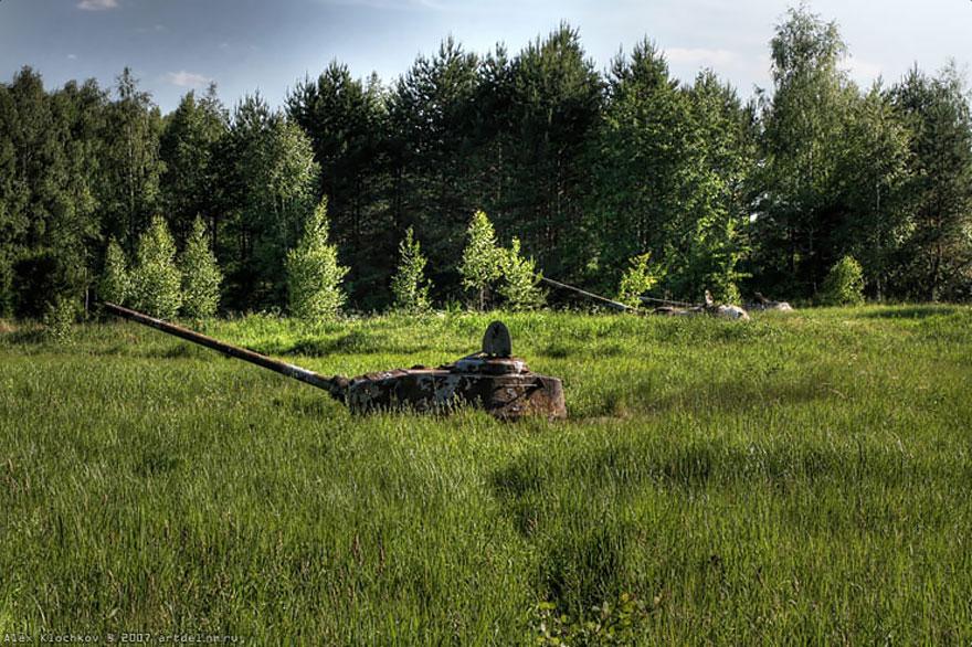 base de tanques abandonados russia