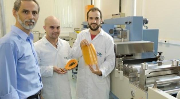 plástico biodegradável fruta