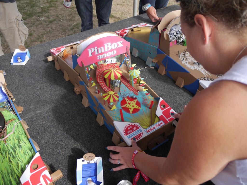 Pinbox 3000 brincar