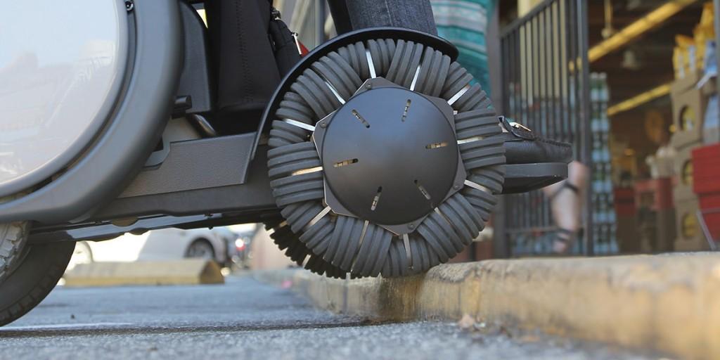 WHILL cadeira de rodas degrau