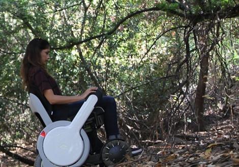 WHILL cadeira de rodas todo o terreno