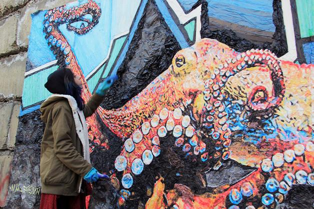 street arte sacos de plástico sustentabilidade
