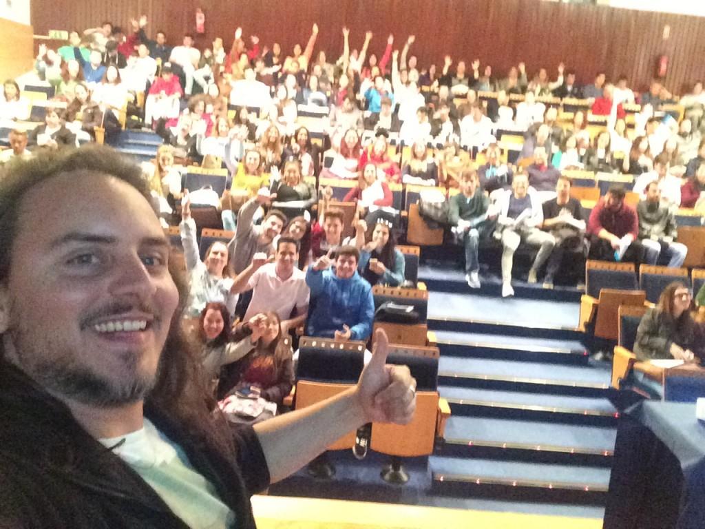 Selfie Como conseguir emprego em 30 dias - Elvas